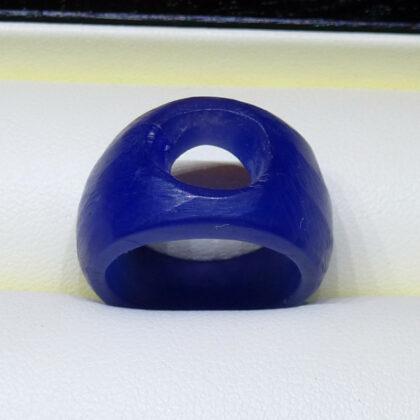 Ring-Modell aus Wachs gefeilt