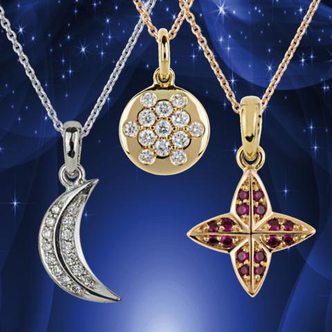 Anhänger Mond Sonne Stern, Brillanten Rubine in Weiß-  und Gelbgold