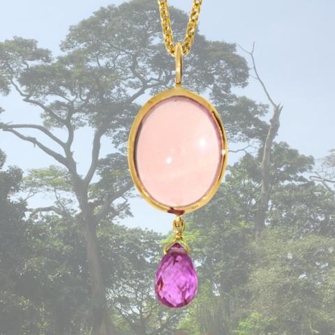 Anhänger mit Rosenquarz und einem pink Safir im Briolette-Schliff in 585 Rosegold