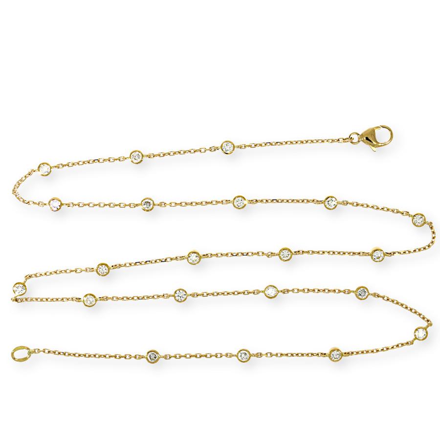 zarte Halskette aus Gold mit kleinen Brillanten